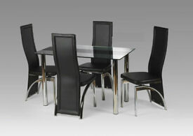 Charming Maddy Glass Luxury Dining Table Set With 4 Chairs   RED AND BLACK! Nice Design