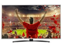 """NEW 32""""samsung smart tv selling it for £220 ONO, need quick sale"""