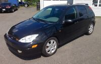 FORD FOCUS ZX5 ...2200$!!! Nego
