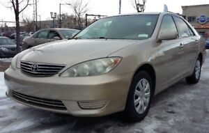 2005 Toyota Camry LE - 4cylinder - Good in Gas