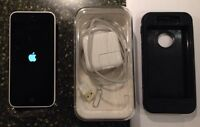 APPLE IPHONE 5C 8G BELL WHITE (WITH APPLE WARRANTY)