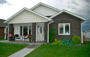 NEW LISTING-CHARTWELL GARDENS- IMMACULATE GARDEN HOME