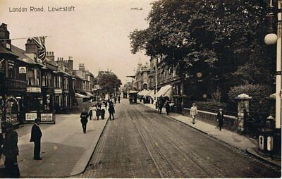 lowestoft , photographic postcard,london road north, c1910 vgc