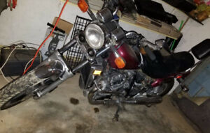 Selling my custom cx 650 new back tire needs a battery