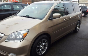 2007 Honda Odyssey Touring Minivan, Van 2 YR WAR Cambridge Kitchener Area image 4
