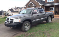 2005 Dodge Dakota Laramie 4 x 4 Good Condition *PRICE REDUCED