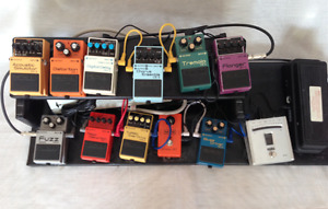 EFFECTS PEDALS AND TUNER COMPLETE PACKAGE