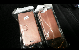 2x Iphone SE Covers