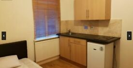 Spacious Studio to Rent in Wolseley Road, Wood Green. With All Bills Included!