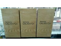 SAMSUNG S4 16GB NEW SEALED UNLOCKED. COMES WITH RECEIPT AND WARRANTY.