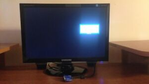 "17"" Flat Screen Monitor"