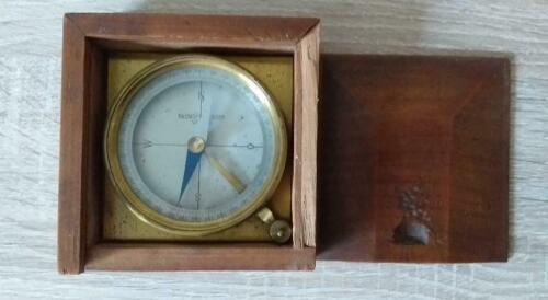 Antique brass compass Neuhofer & Sohn Wien end of 19th ct