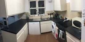 Fitted Kitchen in good condition