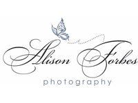 Family/newborn/maternity photographer** £60 package**