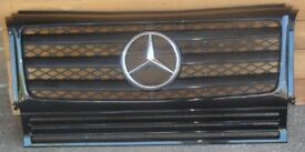 Front Grille Mercedes Benz W463 G Wagon Black