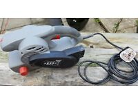 Wickes 800W Belt Sander 230V
