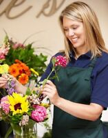 Experienced Floral Designer Wanted !!