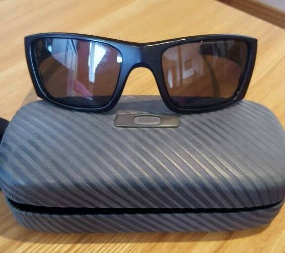 Real Oakley Glassesin Craigavon, County ArmaghGumtree - Polarised Fuel Cell Oakley Sunglasses in superb condition. Have receipt for prove of purchase showing authenticity and value. Paid £130 for glasses and £20 for case... Bargain a bargain for £70!