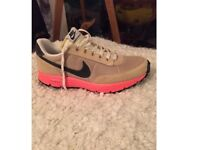 Women's Nike Trainers - new, size 8.5