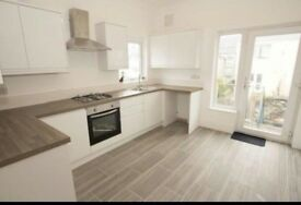 Spacious double bedroom to let.. All bills included. Only £90/week.