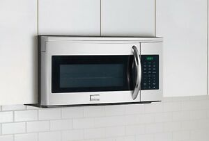 BRAND NEW -micro-wave oven with vent 2017