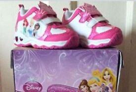 Disney Princess Light Up Trainers child size 5