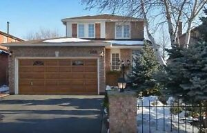3-BEDROOM, 3-BATH FAMILY HOME FOR RENT BEAUTIFUL OAKVILLE