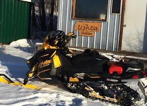 One of a kind 2013 renagade back country skidoo