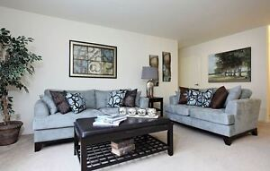 Updated Bachelor on Riverside - Great Location & Amenities!