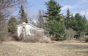 Great Location! Home located on Cape Breton Road!