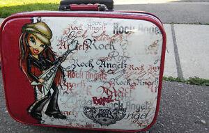 Kids Travel Suitcase Oakville / Halton Region Toronto (GTA) image 1