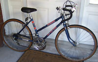 """Small vintage CCM Monza 10-speed Racer 24"""" wheels"""
