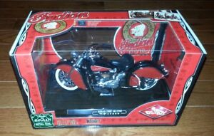 Guiloy Indian Chief 348 Motorcycle model 1:10 scale (new)