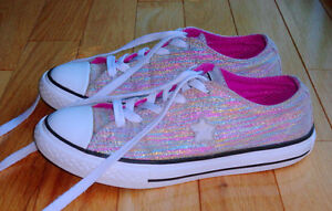 Girls Converse sneakers ~ youth size 2