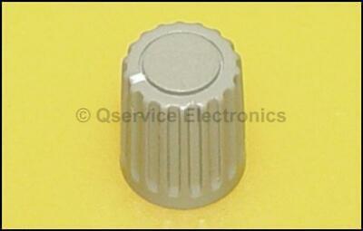 2 Pc New Tektronix 366-1146-00 Knob Gray - White Index 2200 Series Oscilloscopes