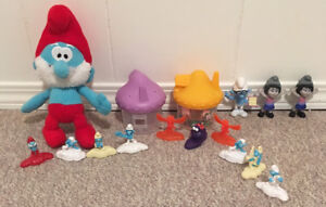Smurfs and houses and small Smurf stuffy
