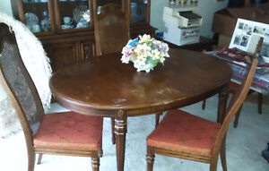 DINING TABLE & 4 CHAIR SET, SOLID WOOD - ESTATE SALE