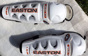 EASTON - HOCKEY SHIN PADS