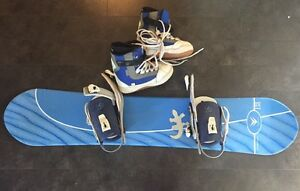 Complete Snowboard Set!! Boots/bindings/snowboard