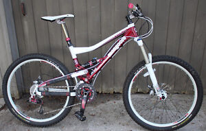 2010 Mongoose Teocali Super MTB Size Small Full Suspension XC