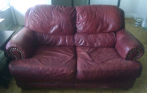 Laz-E-Boy genuine red leather loveseat sofa couch