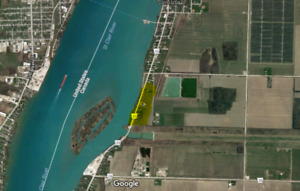ESTATE LOTS FOR SALE ALONG THE ST. CLAIR RIVER IN SOMBRA ONTARIO