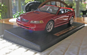 Maisto 1999 Ford Mustang GT 1:18 Die Cast Anniversary Conv.