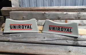 VINTAGE 1970-80s UNIROYAL TIRES 2pc. PLASTIC TIRE STAND SIGN