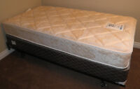 Twin Mattress/Boxspring/Frame