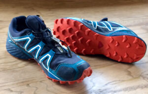 Men's Salomon trail runner shoes