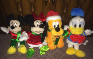 Mickey Mouse Disney Minnie Pluto Donald Duck plush christmas set