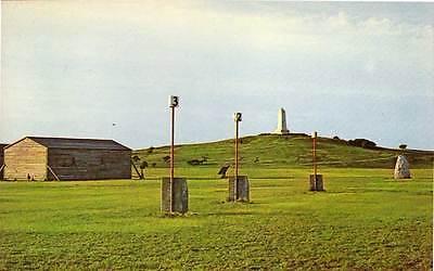 (KILL DEVIL HILLS NC Wright Brothers Memorial First Powered Flight z postcard)
