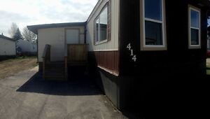 414 Kanell Dr Ne, High River, AB- Free Cable & Internet