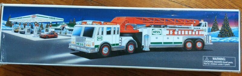 Hess fire truck 2000 With Box